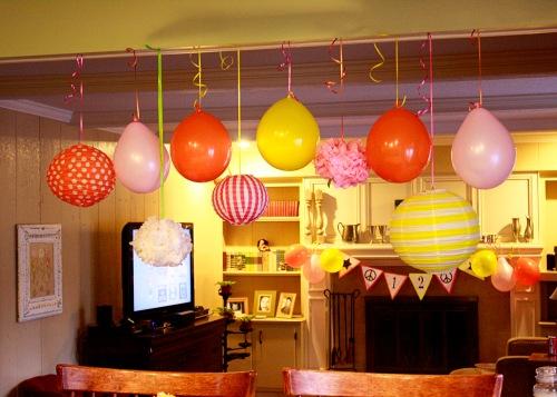 balloons lanterns